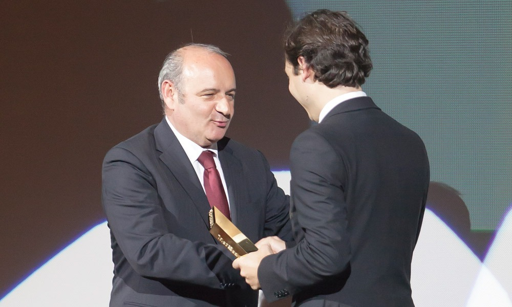 Miguel Capão Filipe entrega prémio a António Conde (bosch)