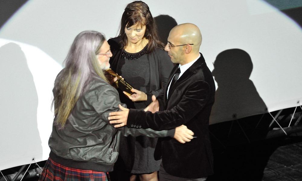 Jorge Fraga entrega prémio a Sérgio Bento e Ana Salgueiro (CETA)