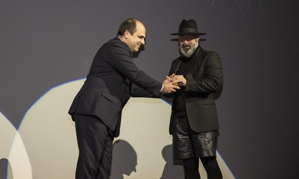 Sérgio Martins entrega prémio a Joel Reigota