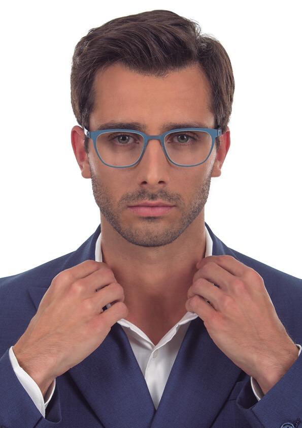 João: óculos 9585