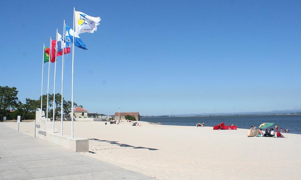 LM praia do monte branco