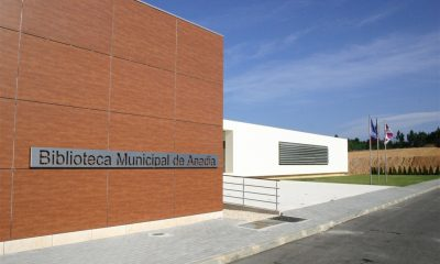 Biblioteca Municipal de Anadia.JPG 1